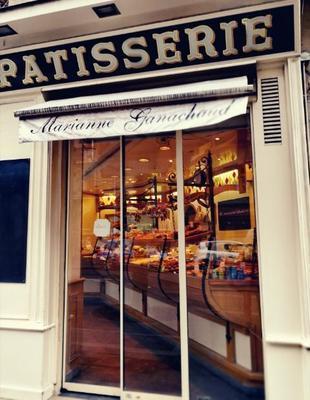 パリ15区のパン屋さん.jpg