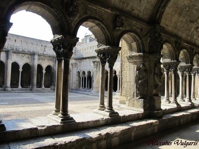 Eglise St-Trophime et son Clotre (3) MV.jpg