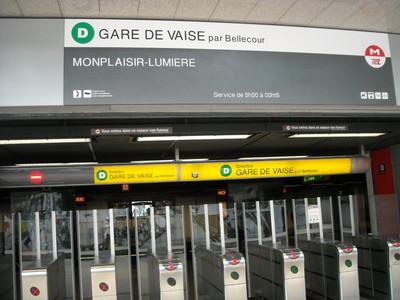 lyon metro monplaisir-lumiere.JPG