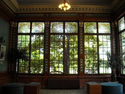 lyon musee lumiere jardin d'hiver.JPG